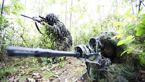 资料图:解放军狙击手
