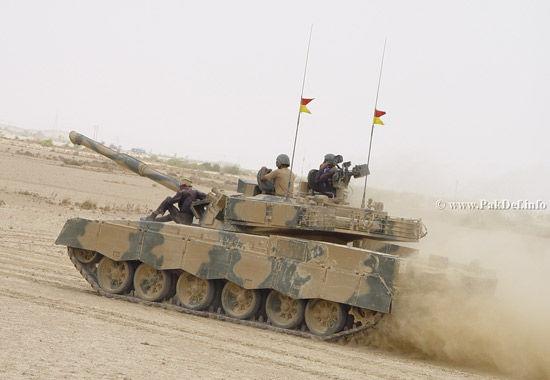 中巴联合研发的哈利德主战坦克