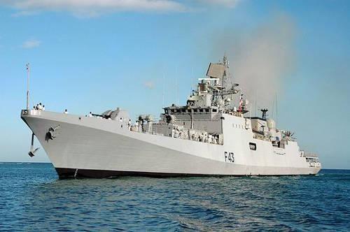 """资料图:印海军""""特里苏尔""""号隐形护卫舰。"""