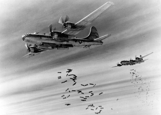资料图:轰炸日本本土的美国B29轰炸机