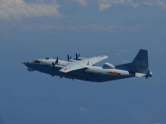 日本航空自卫队拍到的中国运8飞机