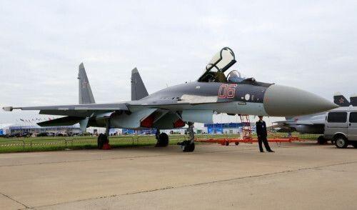 俄罗斯苏35战斗机