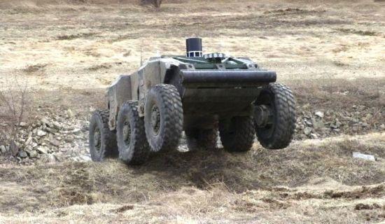 批量生产并为俄军装备首批军用机器人不会晚于2019年。