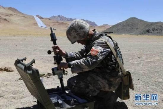 炮兵组装火炮诸元计算器