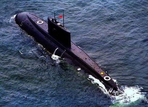 资料图:中国海军基洛潜艇