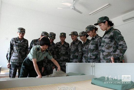 资料图:山东省第一批三军仪仗队女兵