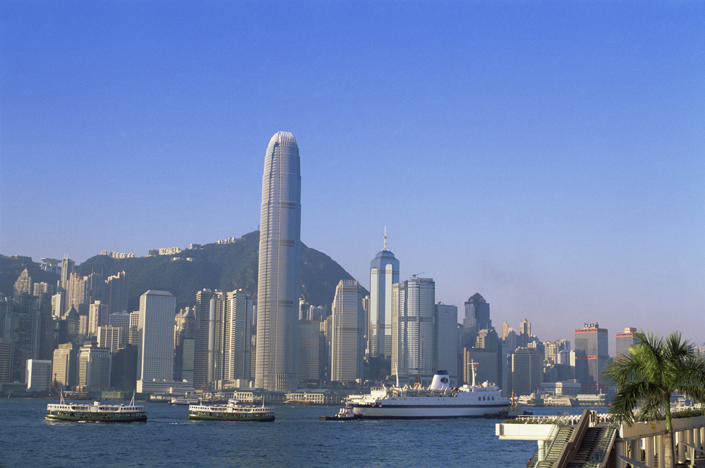 香港:冲上云霄赴购物天堂