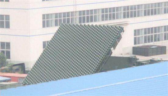 资料图:今年早些时候出现的同型雷达在某所院内展开的图片