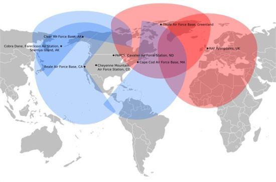 资料图:美国部署在本土和欧洲的铺路爪雷达监控范围