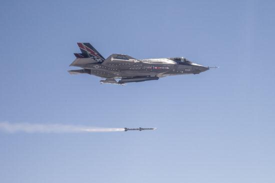 资料图:隐身战斗机时代主动雷达制导空空导弹的地位下降