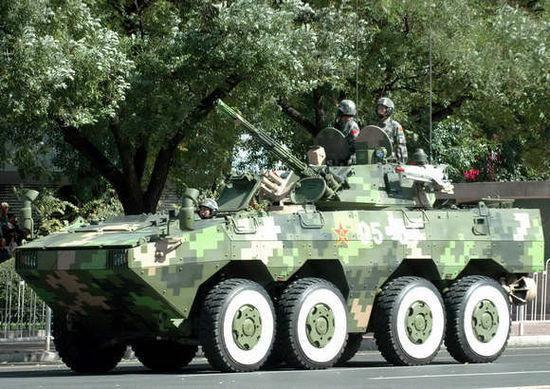 资料图:阅兵式上的ZBL09步战车