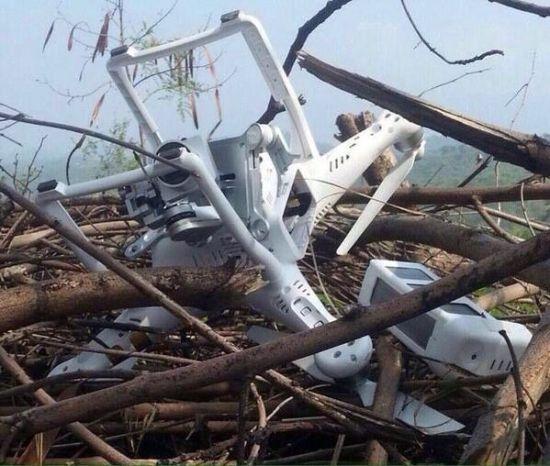 """从巴基斯坦军方供给的相片来看,该无人机为国家大疆公司制作的""""精灵3""""(Phantom 3)。"""