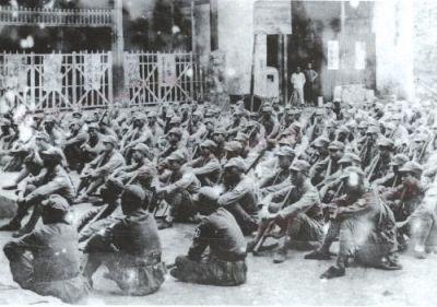 新四军在皖南岩寺集中(1938年)的历史照片