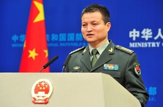 国防部新闻事务局局长、新闻发言人杨宇军大校。