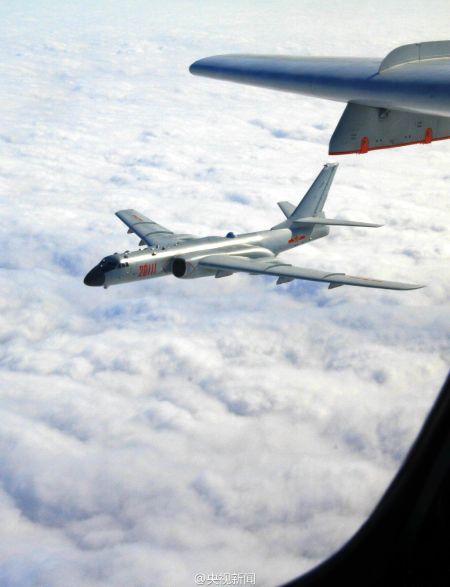 多型飞机飞越宫古海峡赴西太平洋远海训练