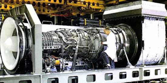 LM2500系列燃气轮机是美国通用动力公司于上世纪六十年代以TF39涡轮风扇发动机为蓝本研制的航改式燃气轮机。