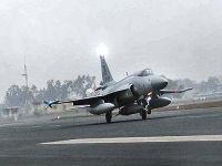 巴基斯坦3架枭龙战机前往法国参加巴黎航展