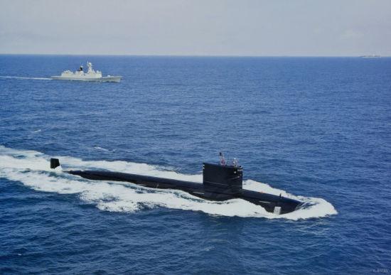 中国海军最新型093级核攻击潜艇印度洋护航照曝光