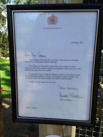 澳洲凤头鹦鹉过百岁生日 英女王亲笔来函献祝福图片
