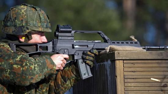 德媒:德G36步枪打500发才掷中一发教授称很失常
