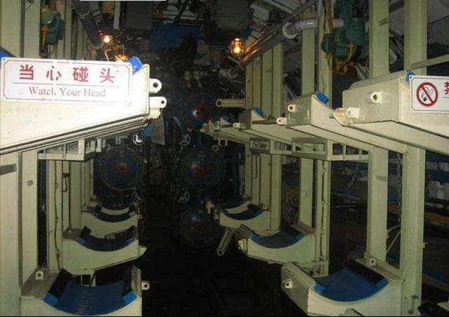 图文:中国海军潜艇内部设备
