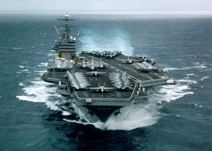 美国海军现役CVN 70 卡尔 文森 号航母
