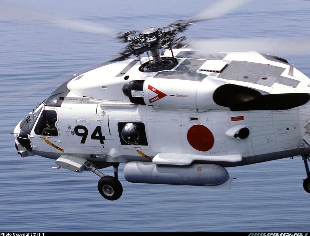 图文:日本SH-60J反潜直升机
