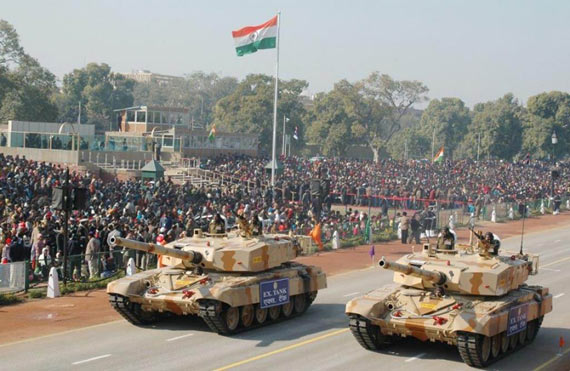 印度陆军向公众展示国产新型TANK-X主战坦克