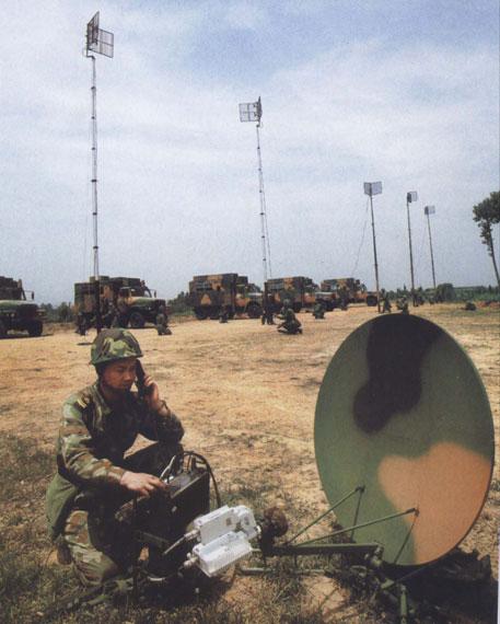 美中情局局长对中国军事现代化技术十分钦佩