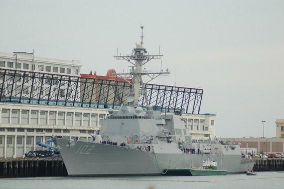 图文:最后1艘阿利-伯克级DDG112号于05年1月开建