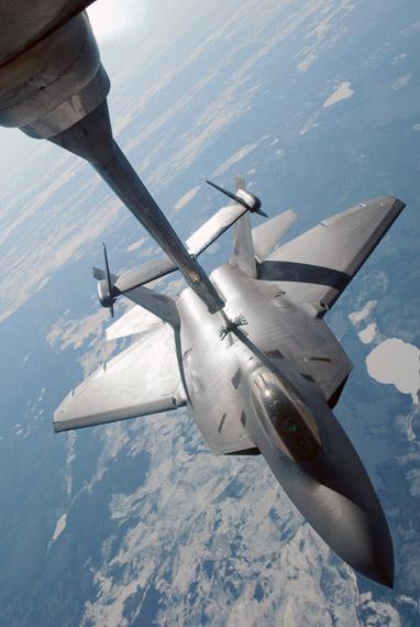 解放军打败猛禽战机根本出路:提高体系战斗力