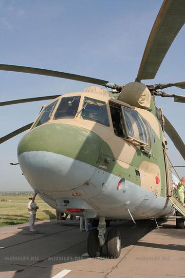 图文:米-26载荷能力与美洛马公司C-130运输机相当