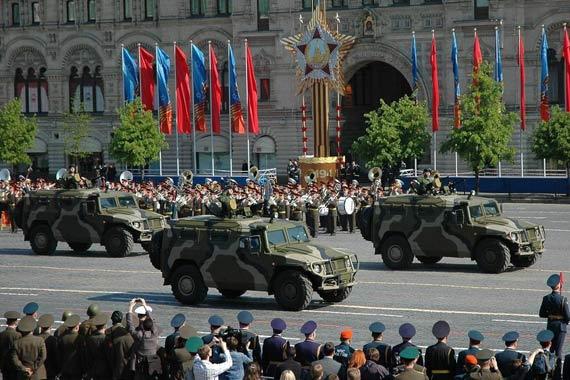 俄称中国购买百辆俄制警用虎式装甲汽车(组图)
