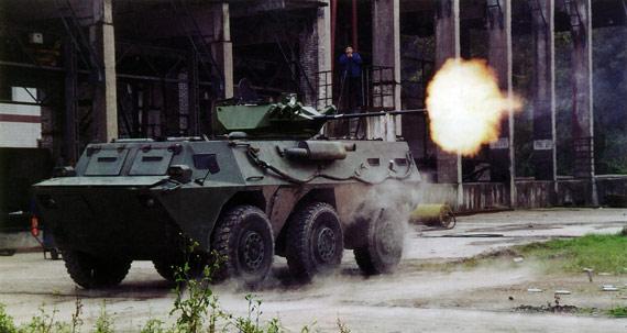 中国推出最新式外贸型VN2轮式装甲车(组图)
