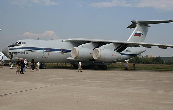 简氏称:中国西飞已确定借助伊尔76最新改进型来研制
