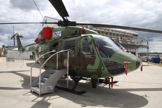 印度北极星直升机亮相范堡罗欲向海外推销