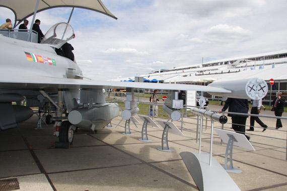 图文:台风战斗机机载武器