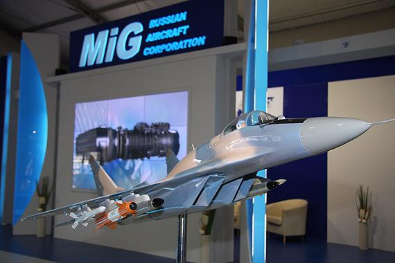 组图:俄米格-29SMT战机模型亮相范堡罗航展