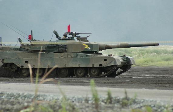 日本90式主战坦克自问世后就没有改进过