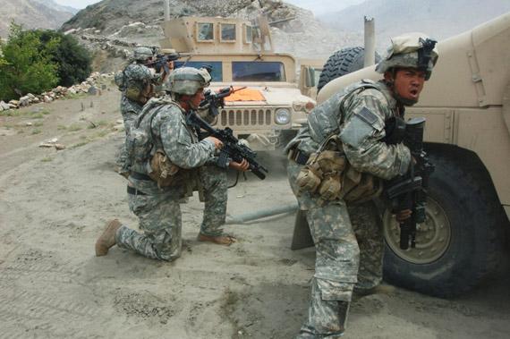 北约与塔利班血战6日将中国发电机送抵目的地