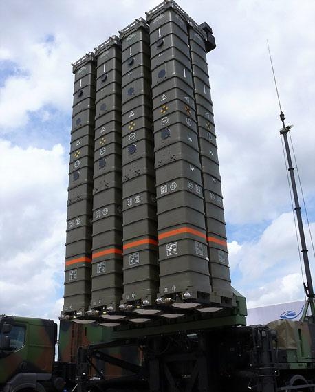 欧洲EADS公司是著名的军火制造业巨头。