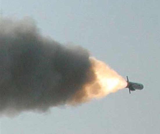 中国国产远程巡航导弹发射