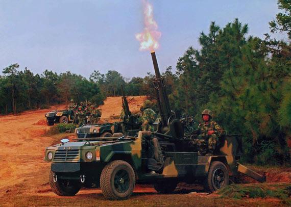 解放军轻型机动部队已经列装高机动车载速射迫击炮