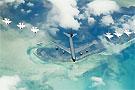 美国空军展示雷鸟特技飞行表演队