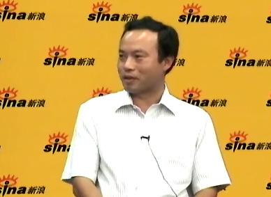 南航党委工作部副部长杨德锋先生。