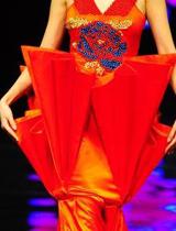 独特伞形装饰设计