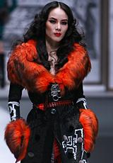 华服魅惑 红与黑的缠绵