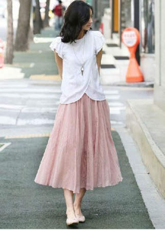 T恤搭配长裙