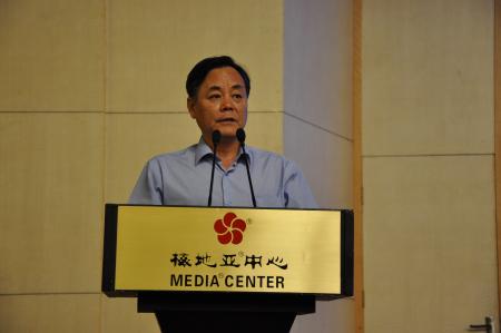 省委宣传部副部长、文明办主任白石讲话