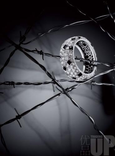 猎豹系列钻石镶嵌戒指 Cartier